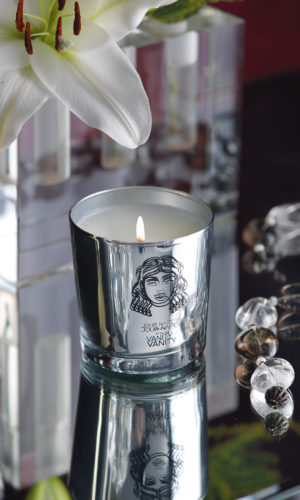 VANITY luxurious scented candle